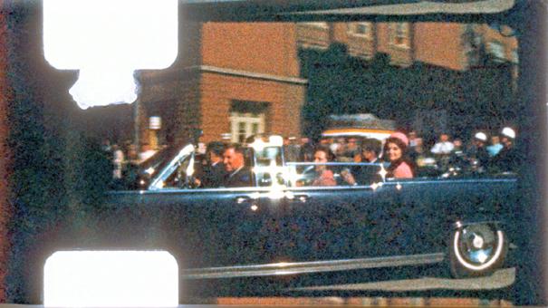 暗殺 映像 ケネディ 52年前のケネディ暗殺映像、撮影者の遺族が返却求め提訴